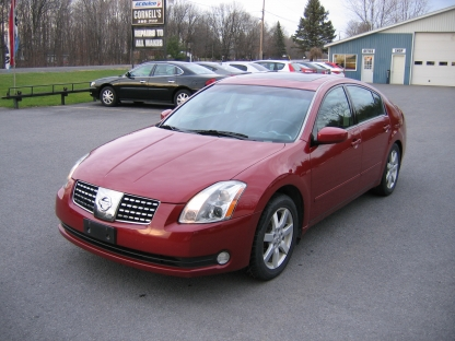 2005 nissan maxima 3 5 sl at cornell 39 s auto sales in. Black Bedroom Furniture Sets. Home Design Ideas