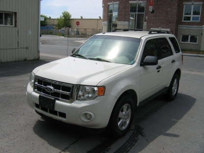 2010 Ford Escape XLT V6 AWD at Clancy Motors in Kingston, Ontario