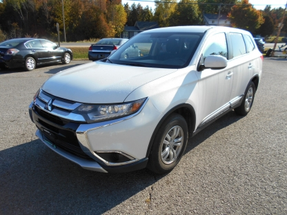 2016 Mitsubishi Outlander AWD at Summers Motors Eganville in Eganville, Ontario