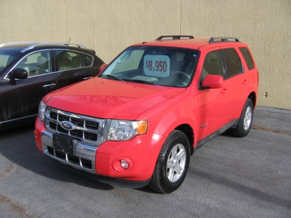 2009 Ford Escape Hybrid 4WD at Clancy Motors in Kingston, Ontario