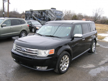 2009 Ford Flex Limited AWD at Tom Pirie Motor Sales in Smiths Falls, Ontario