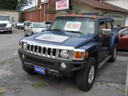 2006 Hummer H3 4x4 5Speed at Clancy Motors in Kingston, Ontario