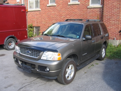 2005 Ford Explorer XLT 4x4 at Clancy Motors in Kingston, Ontario