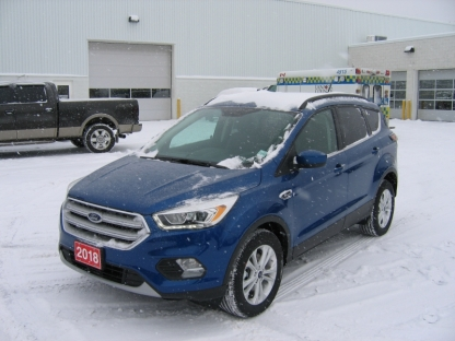 2018 Ford Escape SEL EcoBoost AWD at A&B Ford in Perth, Ontario