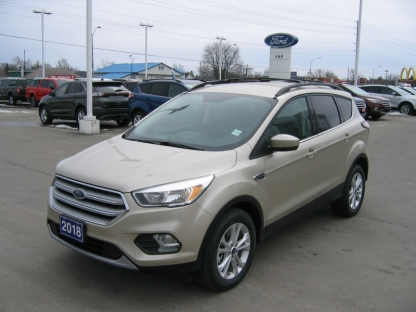 2018 Ford Escape SE EcoBoost AWD at A&B Ford in Perth, Ontario
