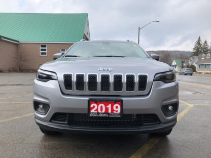 2019 Jeep New Cherokee North 4x4....bluetooth*backup Cam*htd Se at Vance Motors in Bancroft, Ontario