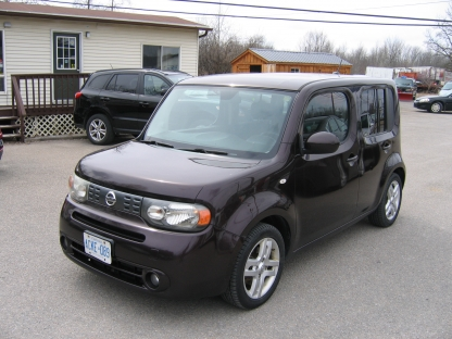 2010 Nissan Cube at St. Lawrence Automobiles in Brockville, Ontario
