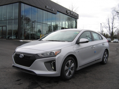 2018 Hyundai Ioniq SE Plug-In Hybrid at Brockville Hyundai in Brockville, Ontario