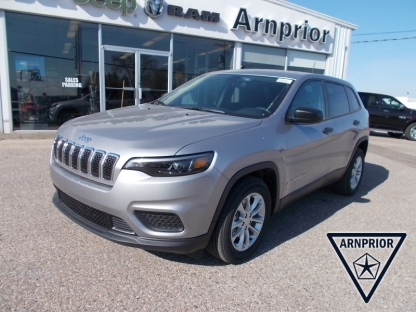 2019 Jeep Cherokee Sport  at Arnprior Chrysler in Arnprior, Ontario