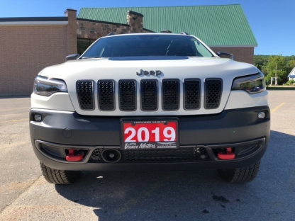 2019 Jeep New Cherokee Trailhawk Elite 4x4....bluetooth*leather at Vance Motors in Bancroft, Ontario