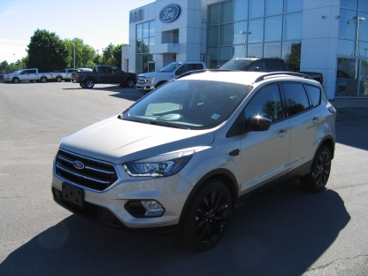 2018 Ford Escape SE Sport EcoBoost at A&B Ford in Perth, Ontario