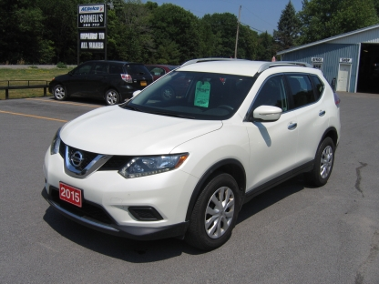 2015 Nissan Rogue AWD at Cornell's Auto Sales in Wilton, Ontario