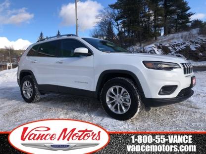 2019 Jeep Cherokee North 4x4....bluetooth*backup Cam*htd SE at Vance Motors in Bancroft, Ontario