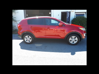 2011 KIA Sportage LX at WagMarr Auto Sales in Kingston, Ontario