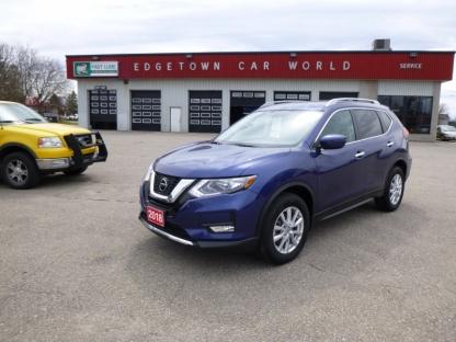 2018 Nissan Rogue SV AWD at Edgetown Motors in Smith's Falls, Ontario