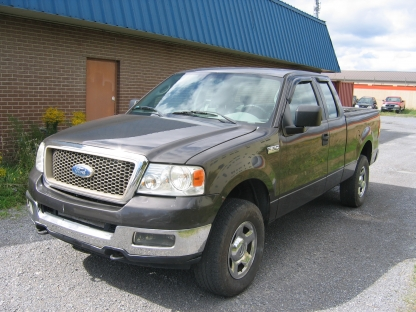 2006 Ford F-150 SuperCab 4x4 at Petersen's Garage in Kingston, Ontario