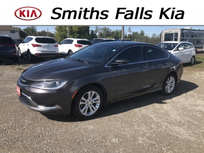 2015 CHRYSLER 200 LIMITED at Smiths Falls Kia in Smiths Falls, Ontario