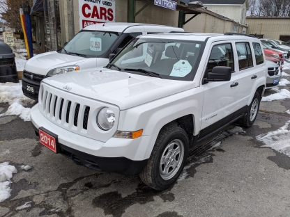 2014 Jeep Patriot 4x4 at Clancy Motors in Kingston, Ontario