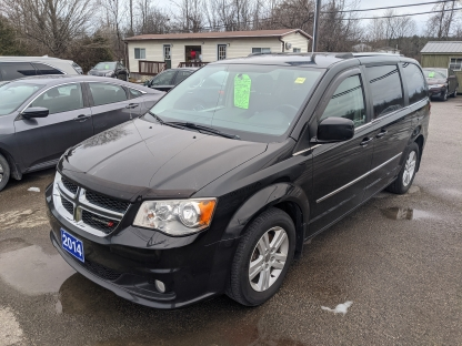 2014 Dodge Grand Caravan Crew Stow & Go at St. Lawrence Automobiles in Brockville, Ontario