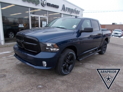 2021 RAM 1500 Classic Express Crew Cab 4x4 at Arnprior Chrysler in Arnprior, Ontario