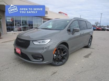 2021 Chrysler Pacifica Touring-L Plus at Hinton Dodge Chrysler in Perth, Ontario