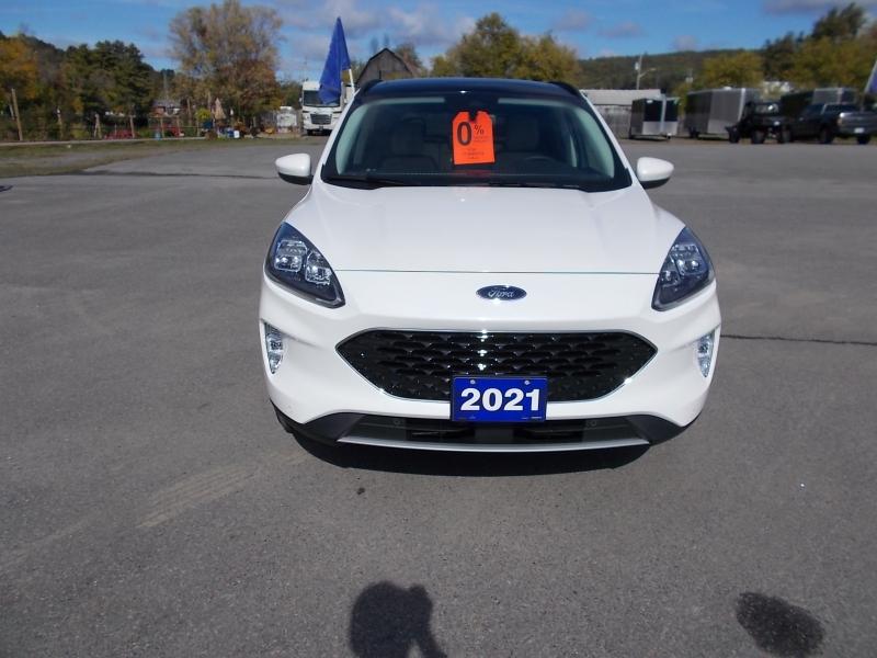 2021 Ford Escape Titanium AWD Hybrid