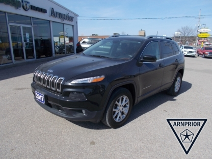 2017 Jeep Cherokee North 4X4 at Arnprior Chrysler in Arnprior, Ontario