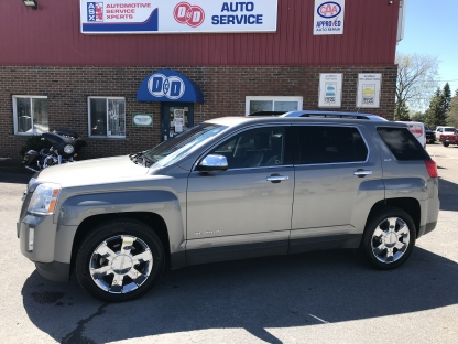 2012 GMC Terrain SLT AWD V6, Only $96 Bi Weekly OAC* at D&D Auto Service in Kingston, Ontario