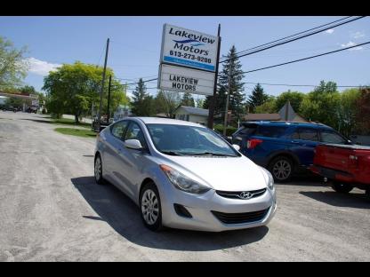 2013 Hyundai Elantra GL at Lakeview Motors in Westport, Ontario